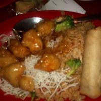 Photo taken at Pei Wei by Tom C. on 2/2/2012