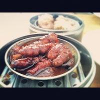 Photo taken at Maxim Dim Sum Restaurant by ( ͡° ͜ʖ ͡° ) on 8/18/2012