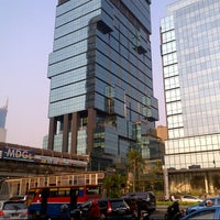 Photo taken at UOB Plaza Thamrin Nine by Ichwan H. on 9/5/2012