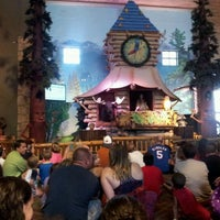 Photo taken at Great Wolf Lodge by BCMAC7 T. on 7/24/2012