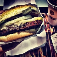 Photo taken at Burger King by Flavio C. on 8/3/2012