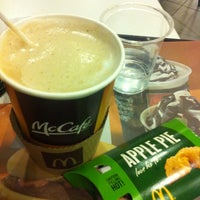 Photo taken at McDonald's by Amben V. on 3/24/2012