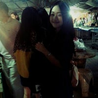 Photo taken at Wat Lam Phaya Floating Market by Devilzgirl N. on 8/13/2012