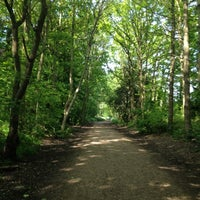 Photo taken at Parkland Walk (Crouch End to Highgate section) by Blaise on 5/22/2012