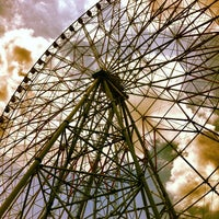 Photo taken at Diamond and Flower Ferris Wheel by Shigechika A. on 8/9/2012