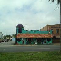 Photo taken at El Gusto Del Pueblo by Rachel L. on 3/15/2012