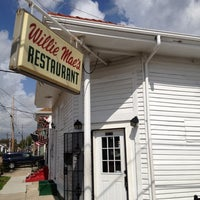 Photo taken at Willie Mae's Scotch House by Scott & Heather P. on 3/13/2012