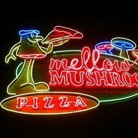 Photo taken at Mellow Mushroom by KL on 9/1/2012
