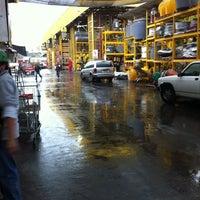 Photo taken at Homecenter Sodimac by Leonardo N. on 4/27/2012