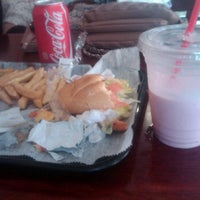 Photo taken at Simon's Deli & Bagels by Olivia C. on 3/19/2012