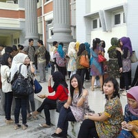 Photo taken at Fakultas Hukum Undip R. H202 by Lucia c. on 4/30/2012