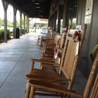 Photo taken at Cracker Barrel Old Country Store by John on 9/11/2012