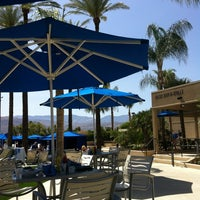 Photo taken at JW Marriott Oasis Bar And Grille by Susan J. on 4/5/2012