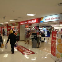 Photo taken at LotteMart by Hendra L. on 7/9/2012