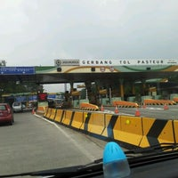 Photo taken at Gerbang Tol Pasteur by Muhamad Iqbal R. on 2/29/2012