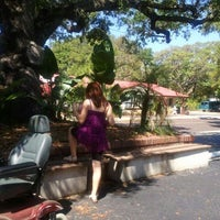 Photo taken at Paradise Restaurant by Kristin S. on 3/19/2012