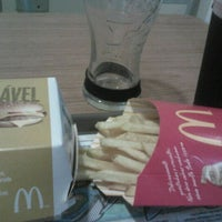 Photo taken at McDonald's by Rodolfo S. on 5/17/2012