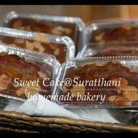 Photo taken at Sweet Cake@Suratthani by สุนิสา ข. on 6/4/2012