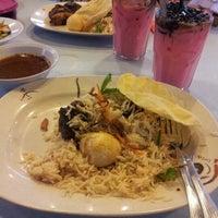 Photo taken at Restoran Ruz Aladdin by Den K. on 8/4/2012