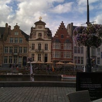 Photo taken at Restaurant De Graslei by Ahu I. on 9/11/2012
