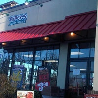 Photo taken at Popeyes by IndhaGeliga on 2/3/2012