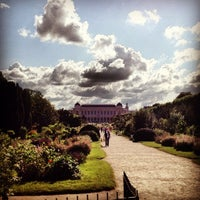 Photo taken at Botanical Garden of Paris by MikaelDorian on 6/30/2012