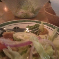 Photo taken at Olive Garden by Julian T. on 8/20/2012