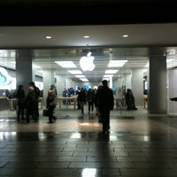 Photo taken at Apple La Maquinista by Marty S. on 3/6/2012