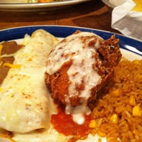Photo taken at On The Border Mexican Grill & Cantina by Cherie W. on 7/2/2012