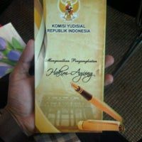 Photo taken at Komisi Yudisial Republik Indonesia by Norman M. on 6/13/2012