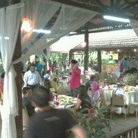 Photo taken at Restoran Nelayan by Dian Eka P. on 8/14/2012