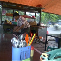 Photo taken at Pondok Bakmi Surabaya by Livonia N. on 6/7/2012