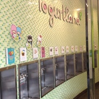 Photo taken at Yogurtland by Sherri D. on 8/17/2012