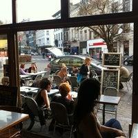 Photo taken at Bar Parallele by Arvanitis N. on 3/27/2012