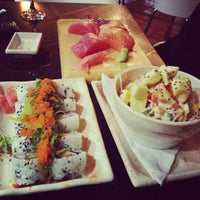 Photo taken at Sushi Market by Alvaro A. on 6/13/2012