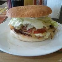 Photo taken at Paradise Sandwicheria by Juan M. on 7/16/2012
