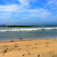 Photo taken at Holden Beach by 5chw4r7z on 8/9/2012