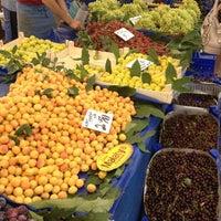 8/3/2012 tarihinde Nuranziyaretçi tarafından Kadıköy Tarihi Salı Pazarı'de çekilen fotoğraf