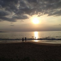 Photo taken at Wailea Beach by Outen Ü. on 2/26/2012