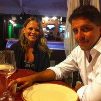 Das Foto wurde bei Puntarenas Salento Marine Di Vernole von Angela am 8/16/2012 aufgenommen