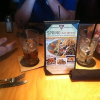 Photo taken at BJ's Restaurant and Brewhouse by Augusto A. on 3/31/2012