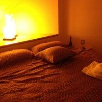 Photo taken at Pirámides Narvarte Suites + Lounge by Gabs 🌟 on 2/24/2012