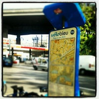 Photo taken at Vélo Bleu (Station No. 108) by Iarla B. on 5/10/2012