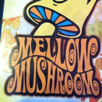 Photo taken at Mellow Mushroom Pizza Bakers by Matthew P. on 5/27/2012