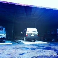 Photo taken at DIV MOTOR Bukit Tampaksiring by Dex S. on 5/20/2012