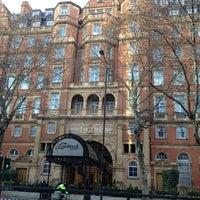 Photo taken at The Landmark London by Moises C. on 3/19/2012