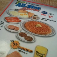 Photo taken at Waffle House by desy h. on 4/13/2012