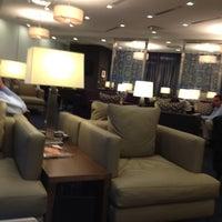 Photo taken at British Airways Galleries Lounge by Jaiye W. on 5/21/2012