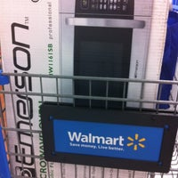 Photo taken at Walmart Supercenter by Fanny L. on 8/27/2012