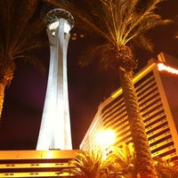 Photo taken at Stratosphere Casino, Hotel & Tower by JINJIN on 7/14/2012
